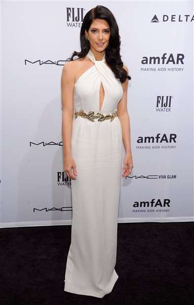 ashley-greene-attends-the-amfar-new-york-gala
