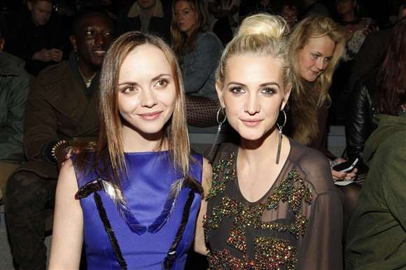 christina-ricci-and-ashlee-simpson-attend-the-richard-chai