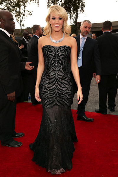 grammy-2013-carrie-underwood