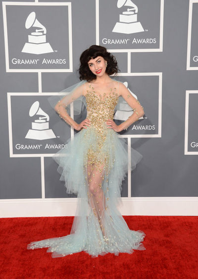 grammy-2013-kimbra-lee-johnson