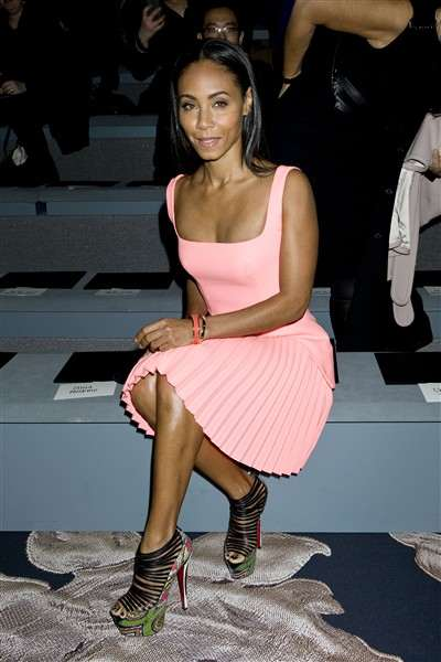 jada-pinkett-smith-sits-front-row-at-the-vera-wang-show
