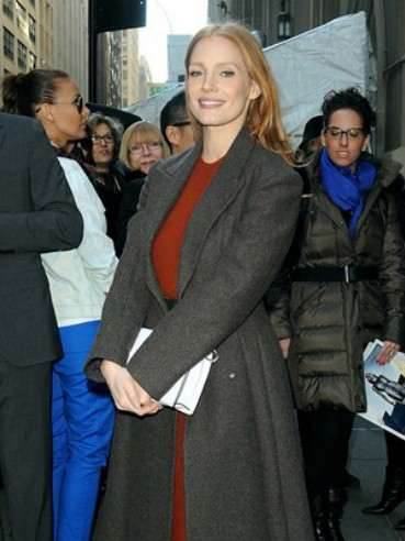jessica-chastain-arrives-at-calvin-klein