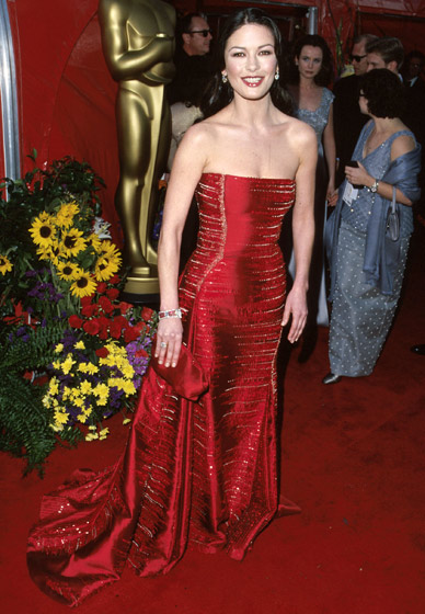 oscar-dress-catherine-zeta-jones