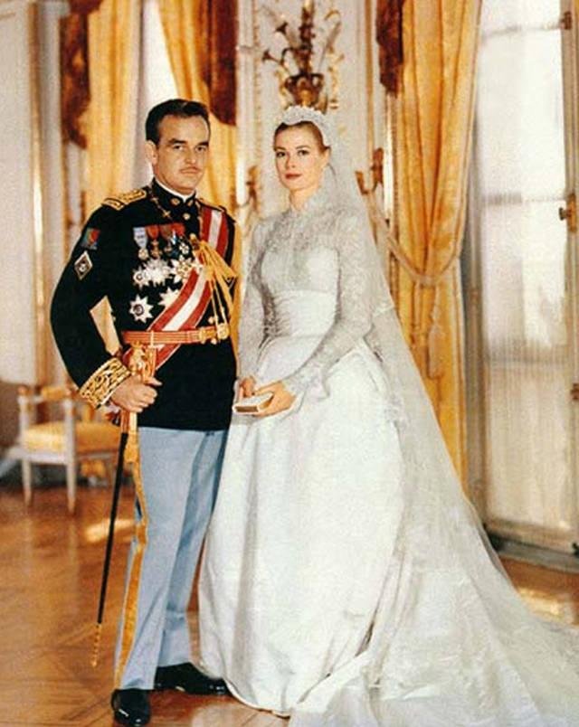 grace-kelly-wedding-dress