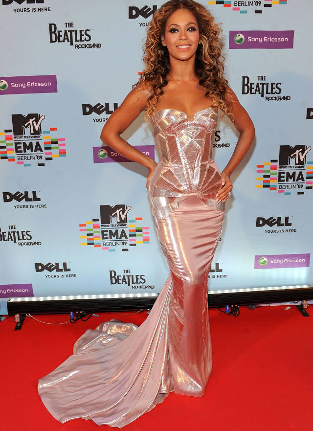 beyonce-best-red-carpet-looks-7