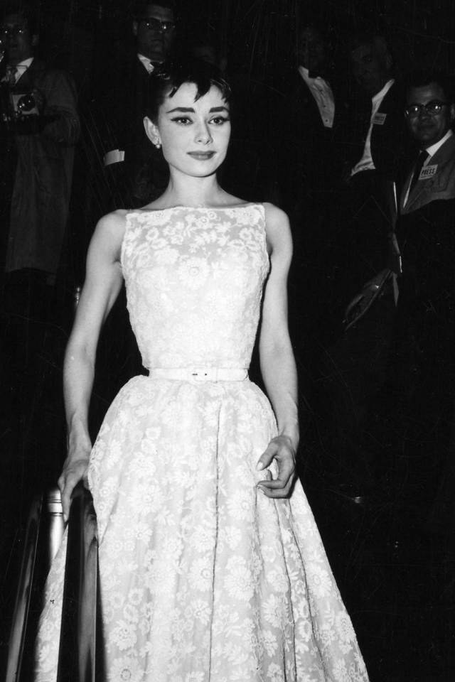 red-carpet-dresses-till-now-1