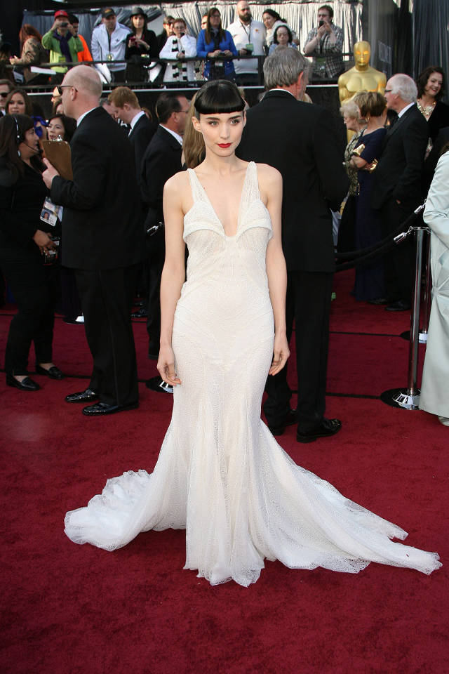 red-carpet-dresses-till-now-14