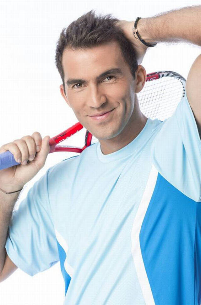 contracte-horia-tecau-head-and-shoulders
