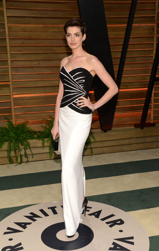 oscar-after-party-anne-hathaway