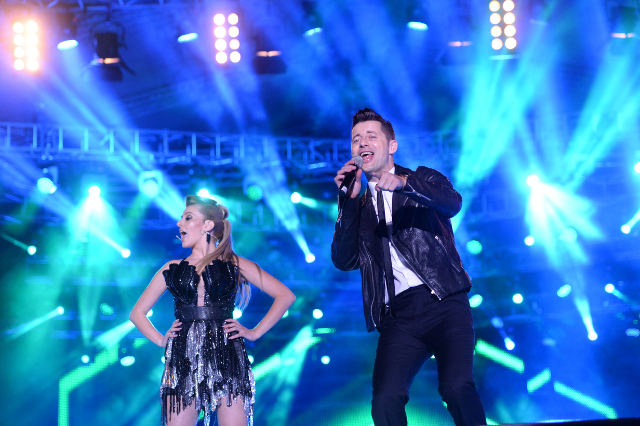 Akcent-Lidia-Buble-show-Media-Music-Awards-2014