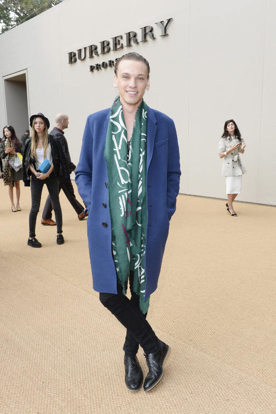 Jamie Campbell Bower wearing Burberry at the Burberry Prorsum Womenswear Spring_Summer 2015 Sho_002