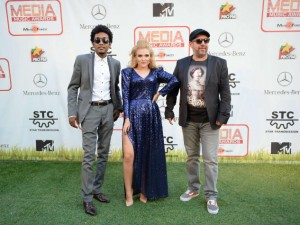 Oana-Radu-Green-Carpet-Media-Music-Awards-2014