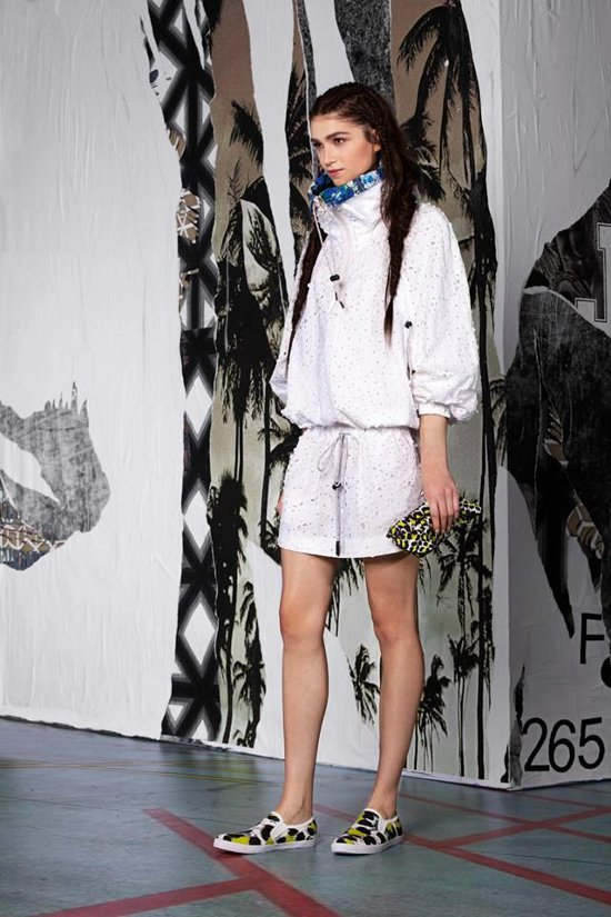 Just-Cavalli-Woman-Pre-Collection-Spring-Summer-2015-01