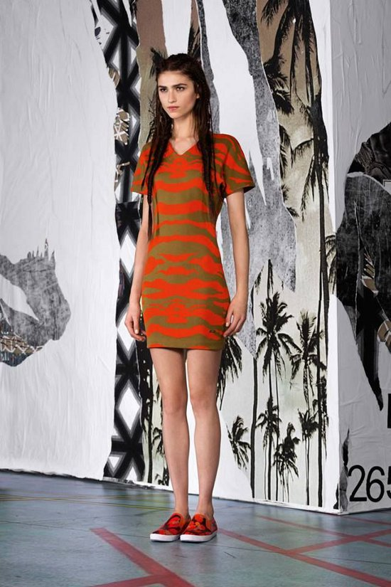 Just-Cavalli-Woman-Pre-Collection-Spring-Summer-2015-16