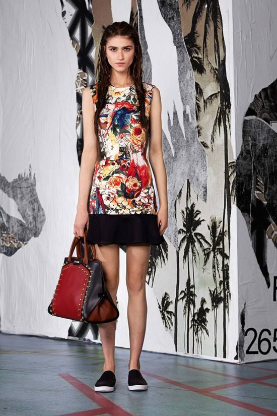 Just-Cavalli-Woman-Pre-Collection-Spring-Summer-2015-17