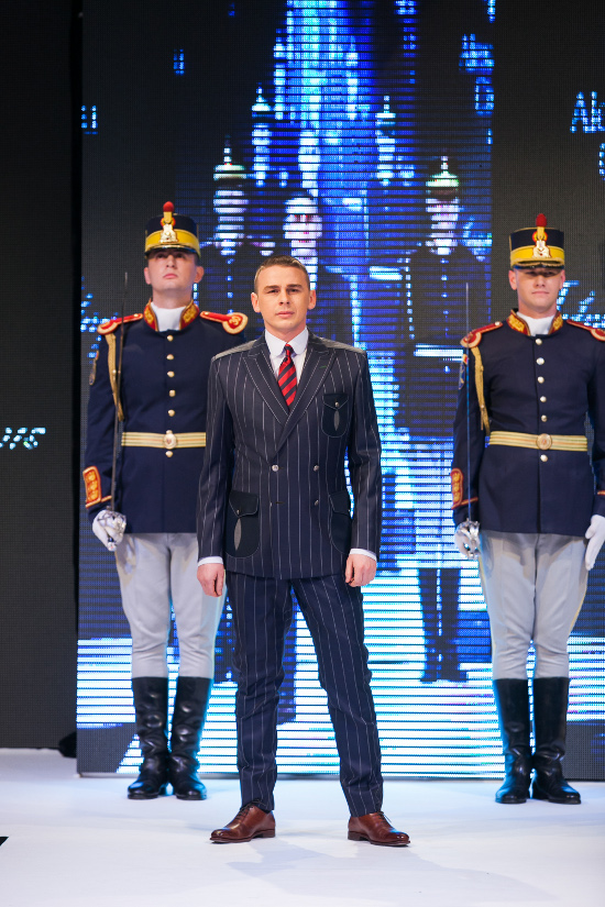 Prezentare-Alexandru-Ciucu-Tailored-Glory-2015-10