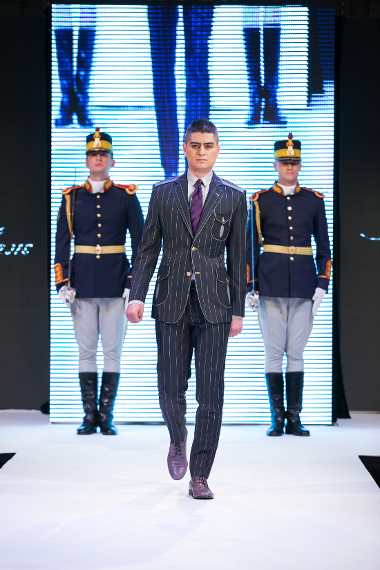 Prezentare-Alexandru-Ciucu-Tailored-Glory-2015-11