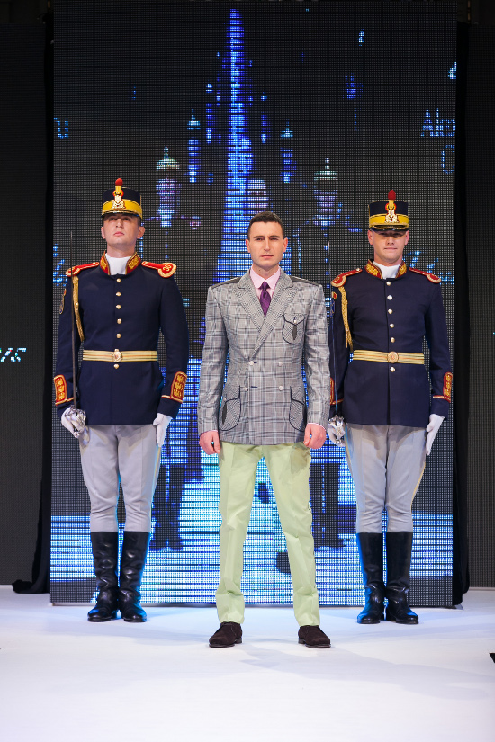 Prezentare-Alexandru-Ciucu-Tailored-Glory-2015-2
