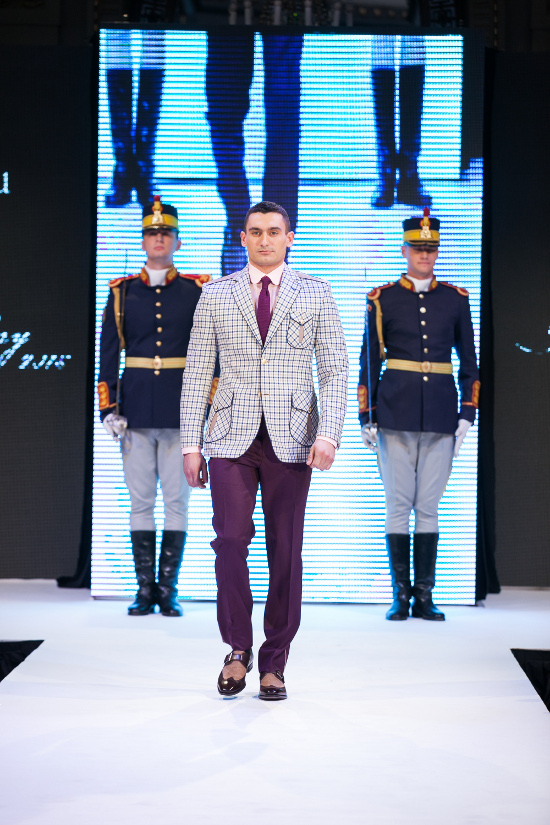 Prezentare-Alexandru-Ciucu-Tailored-Glory-2015-4