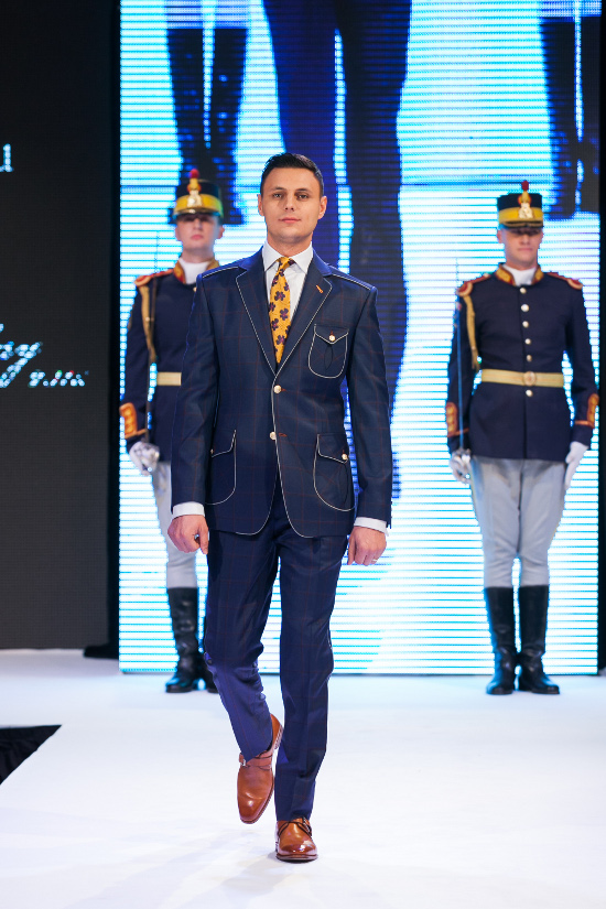 Prezentare-Alexandru-Ciucu-Tailored-Glory-2015-7