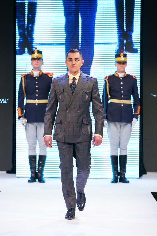 Prezentare-Alexandru-Ciucu-Tailored-Glory-2015-8