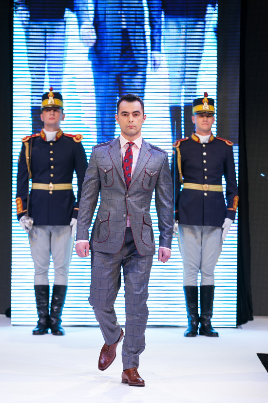 Prezentare-Alexandru-Ciucu-Tailored-Glory-2015-9