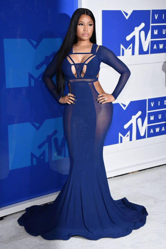 nicky-minaj-red-carpet-vma