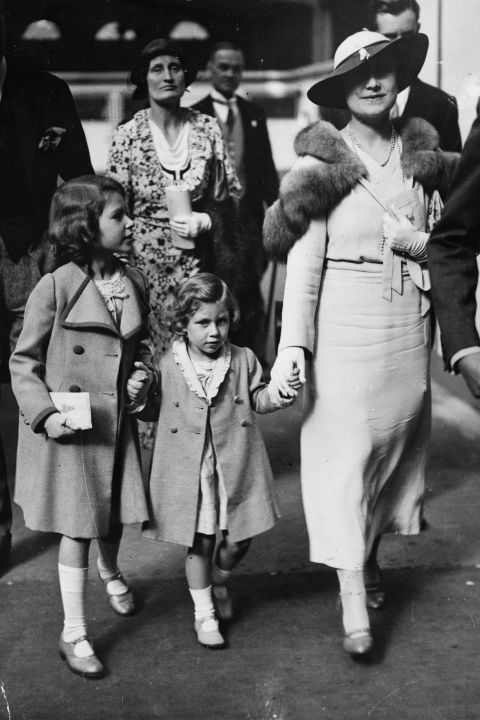 princess-margaret-rose-princess-elizabeth-queen-elizabeth 1934