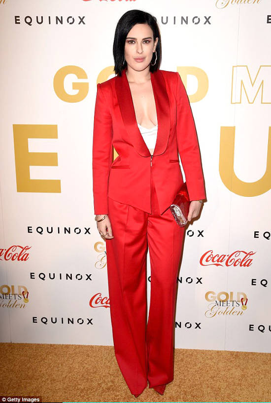 rumer-willis-styland-red-suit-gold-meets-golden-2017-4